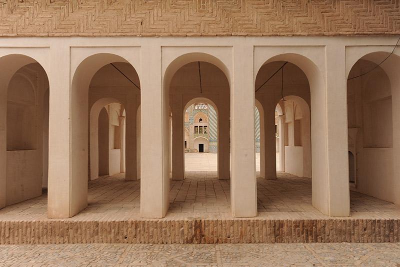 Shah Nematollah tomb