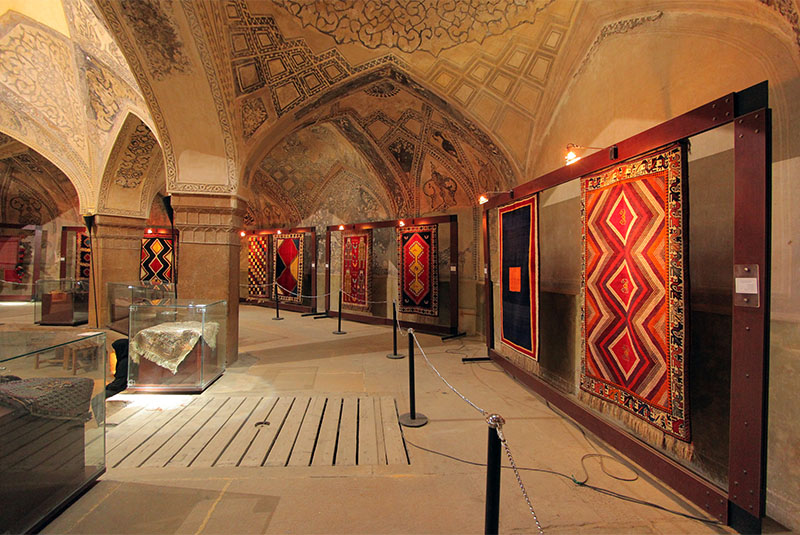 The Carpet Museum of Iran - Eavar travel